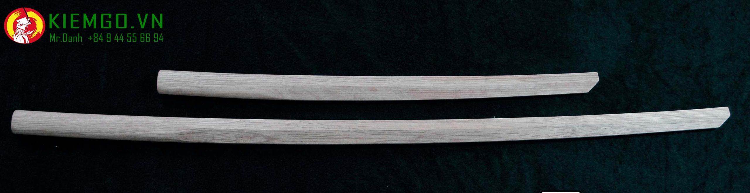 Wakizashi gỗ sồi - Mẫu Niten Ichi Ryu