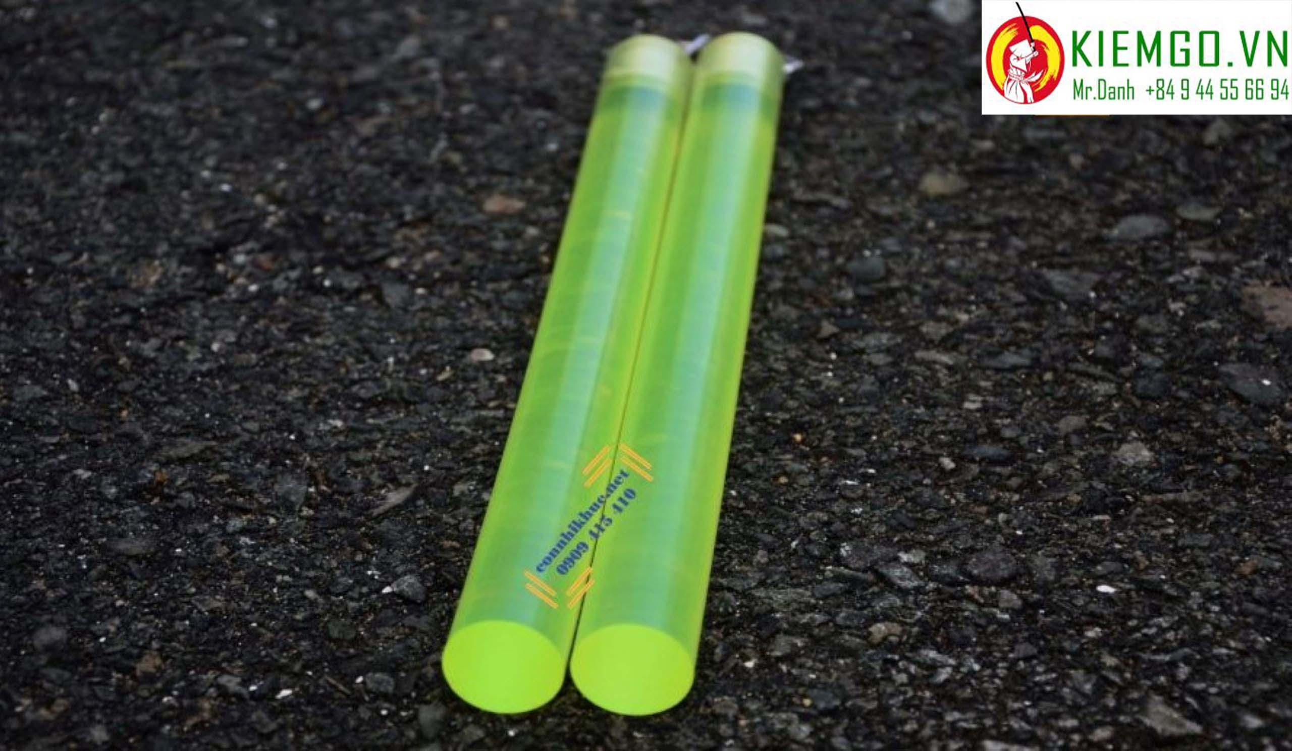 con-nhi-khuc-silicon là loại côn nhị khúc giá rẻ siêu bền theo thời gian, được kết nối bởi dây xích khớp xoay inox siêu chắc chắn và bền bĩ