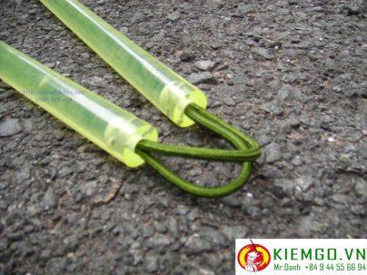côn nhị khúc silicon dây dù là loại côn nhị khúc an toàn cho người mới tập, giá bình dân cho một sự lựa chọn bền bĩ