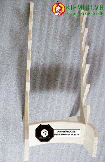 Giá đỡ kiếm - Giá gác kiếm bằng gỗ Thông